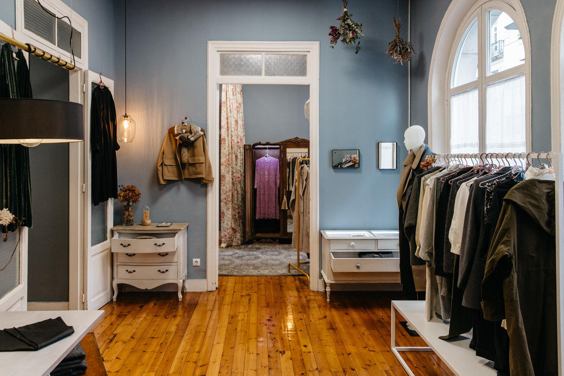 Lopez - More Than a Clothing store en Orense
